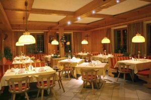speisesaal hotel St Leonhard