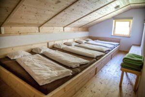 Bettenlager-Neubergalm